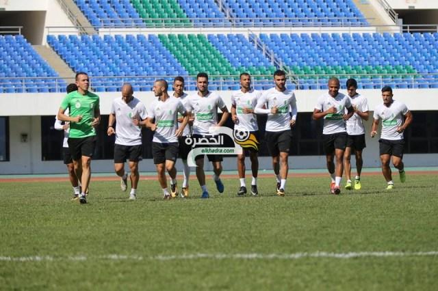 بالصور .. الخضر يجرون حصة تدريبية بملعب هيروز ستاديوم 25