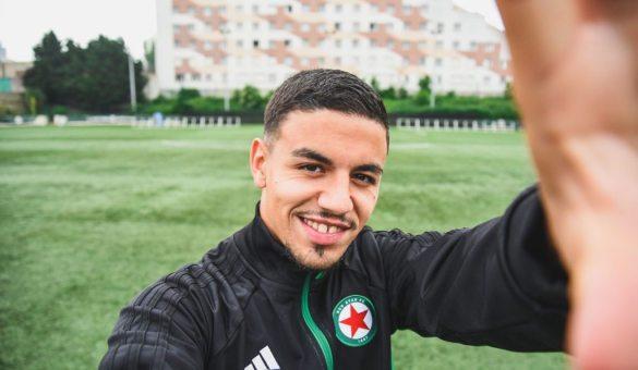 أول ظهور لجزائري من أصول إسبانية في الليغ 2 الفرنسية 24