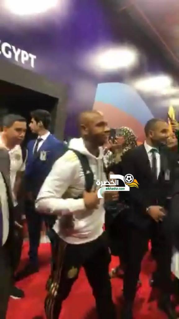بالصور .. وصول المنتخب الوطني إلى مصر للمشاركة في كان 2019 27