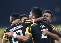 الاتحاد السعودي يهزم ذوب آهن بثنائية في دوري أبطال آسيا 27