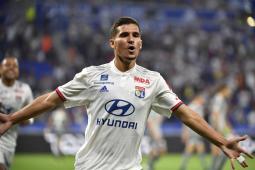 حسام عوار يسجل هدفاً رائعاً ضد انجيه في الدوري الفرنسي 30
