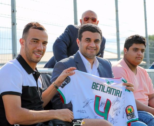 """جمال بن العمري يشتكي ناديه الشباب السعودي إلى """"الفيفا"""" 25"""