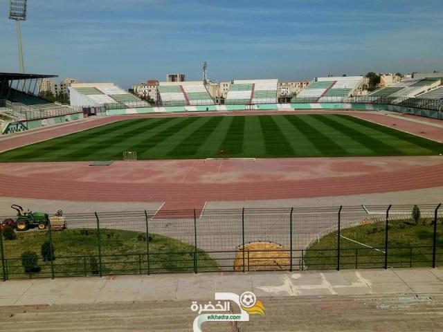 بالصور : أرضية ملعب مصطفى تشاكر جاهزة لإحتضنان مباراة الجزائر وزيمبابوي 25