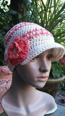 houndstooh beanie patttern by ELk Studio made by Beatrice Ryan Designs