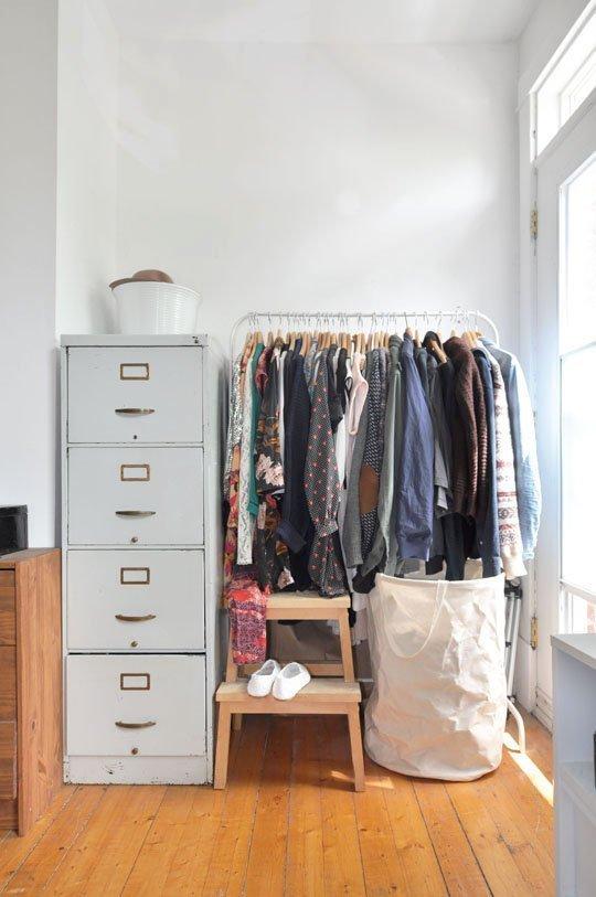 Via Marie-Lyne & Karlo's condo via apartmenttherapy.com