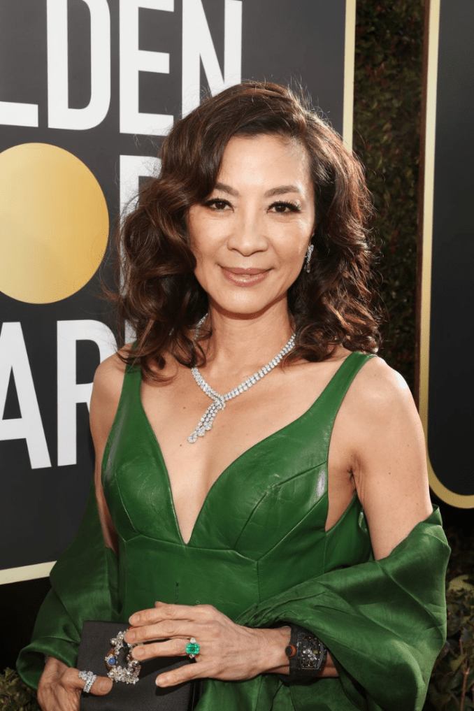 04 makeup hairstyle red carpet golden globe 2019