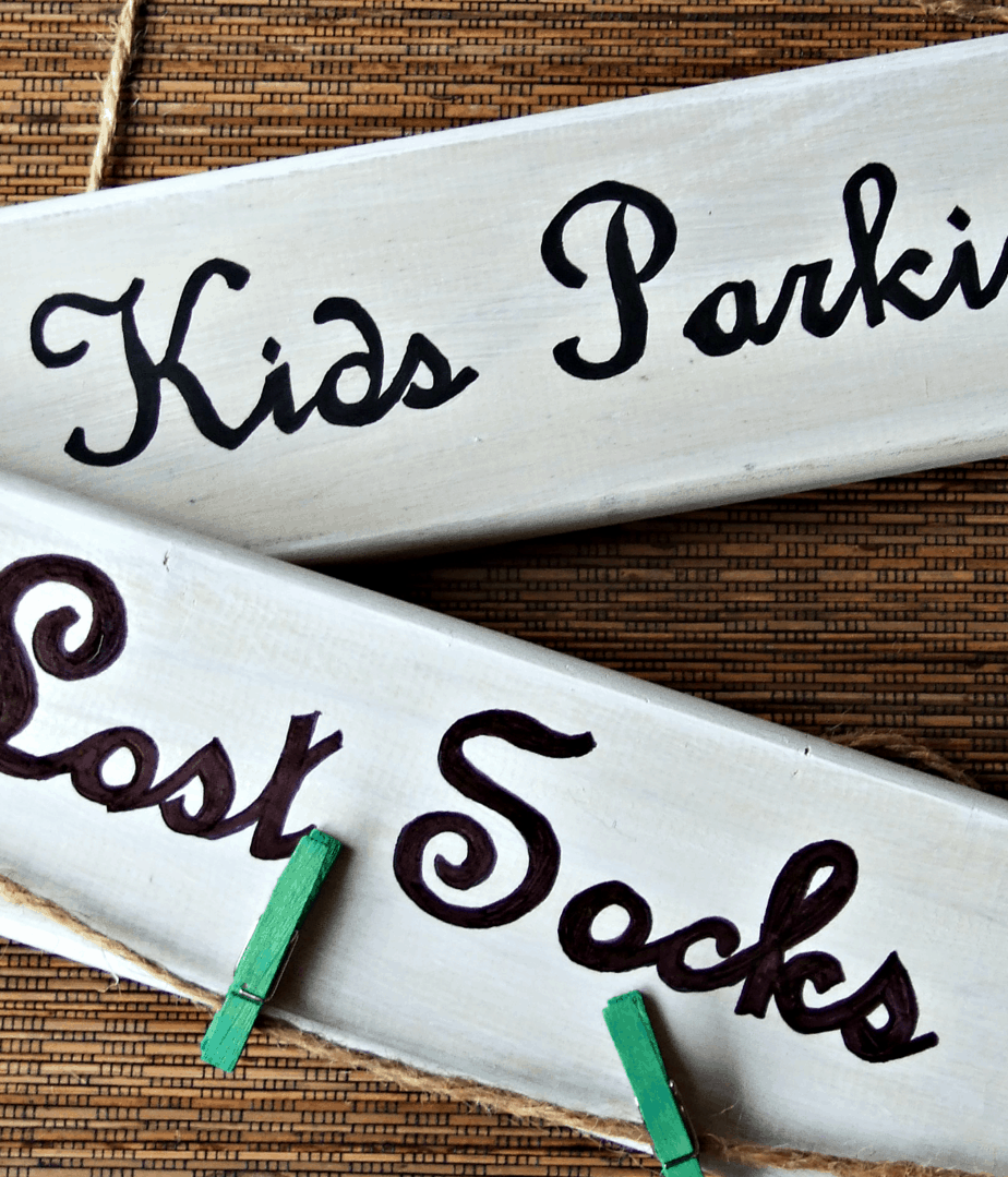 How To Make Decorative Signs For Your Home!