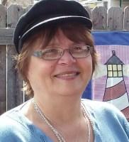 Leeanne Betts Headshot