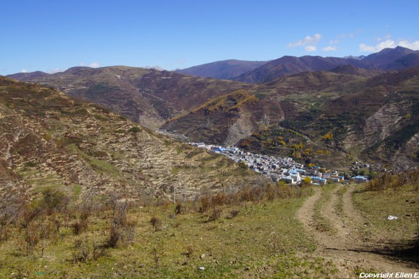 Hiking in the mountains surrounding Songpan