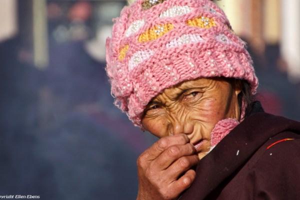 Lhasa, portrait of a pilgrim at the Barkhor