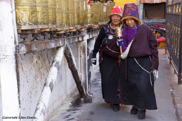 Lhasa, prayer wheels at the Barkhor Street