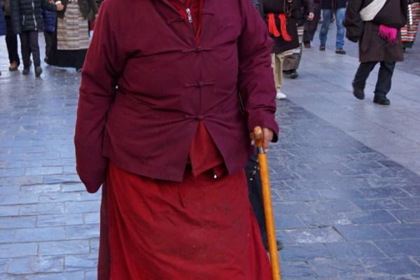 Lhasa, pilgrim at Barkhor Street