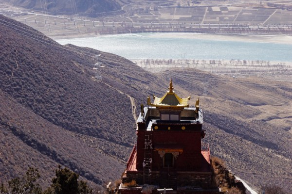 View from Densatil Monastery on the watchtower and the Yarlung Tsangpo Valley