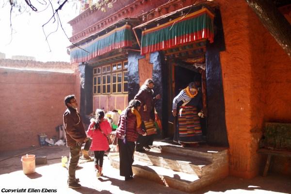 Pilgrims at Shalu Monastery