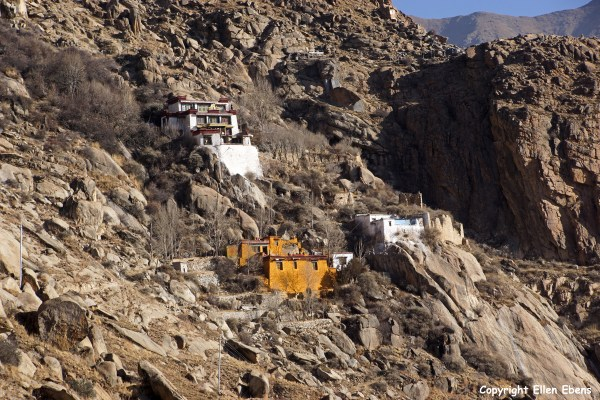 Kytsang (Keutsang) hermitage in the mountains surrounding Lhasa