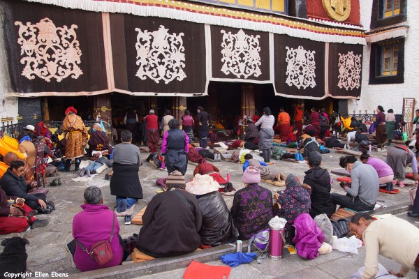 In front of the Jokhang Temple