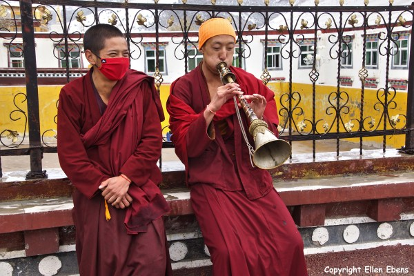 Nangchen monastery monk horn