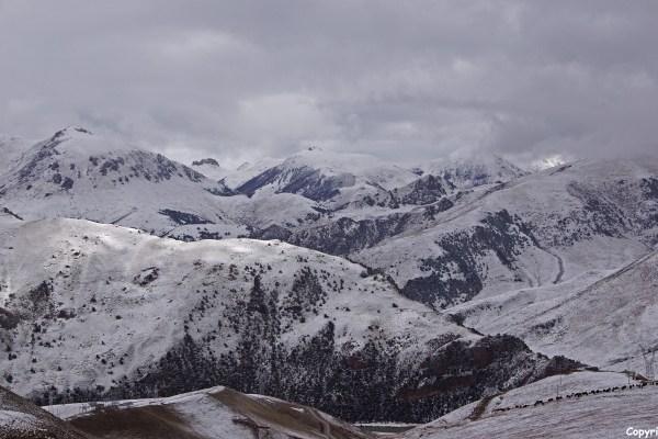 Nangchen lake pass