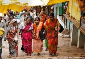 Pilgrims in the city of Omkareswar