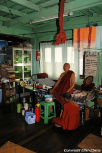 Yangon, inside the monastery behind the Chauk Htat Gyi pagoda