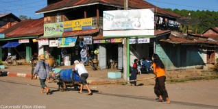 Kalaw, street life