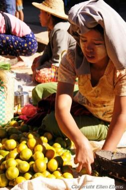 Pindaya, local market