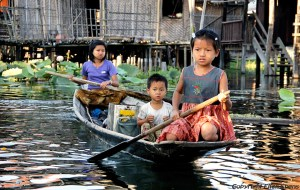 Inle Lake, children using the local transport
