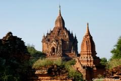 Bagan, the Htilominio Temple