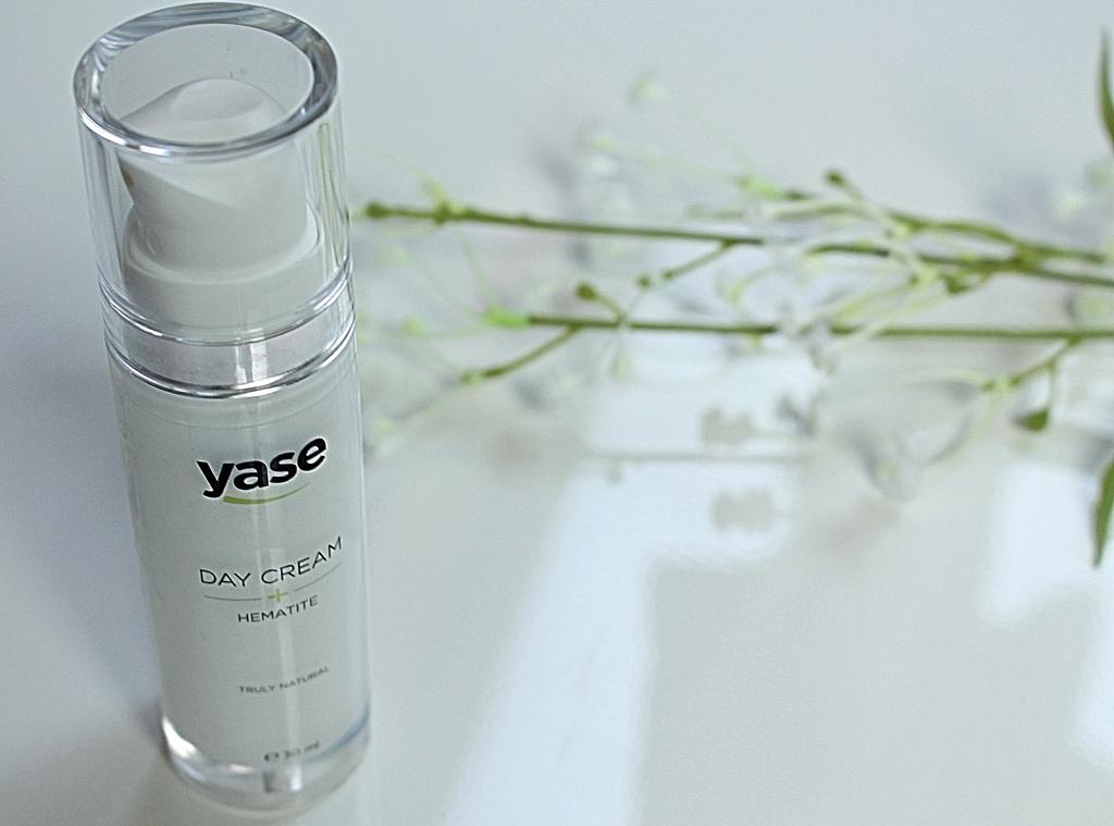 Yase Cosmetics Day cream