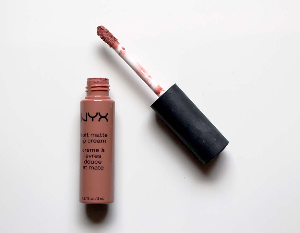nyx soft matte lip cream stockholm swatch