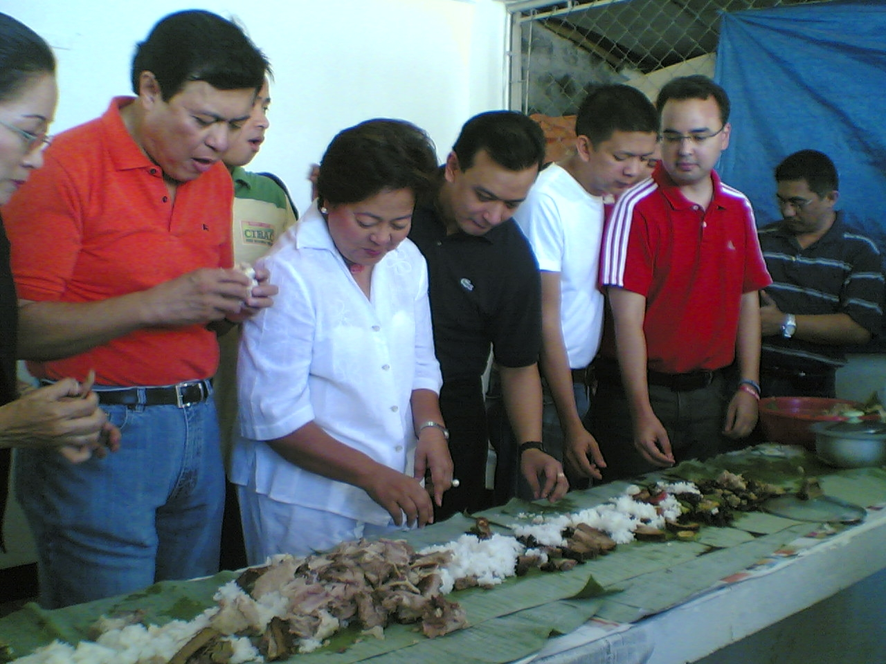 Genuine Opposition bets Villar, Roco, Coseteng, Escudero, Cayetano, Trillanes in a boodle fight back in 2007. Shot by Ellen Tordesillas.