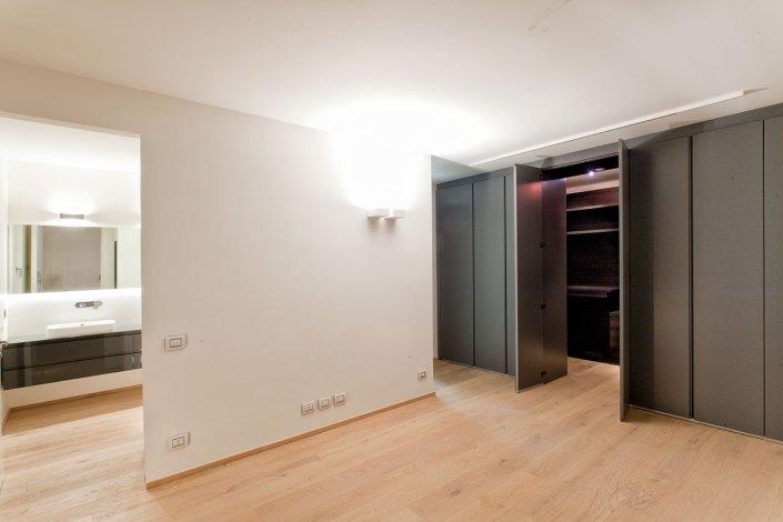 Luce e trasparenze - Cabina armadio