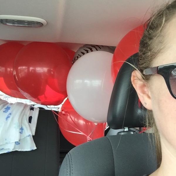 balloon selfie