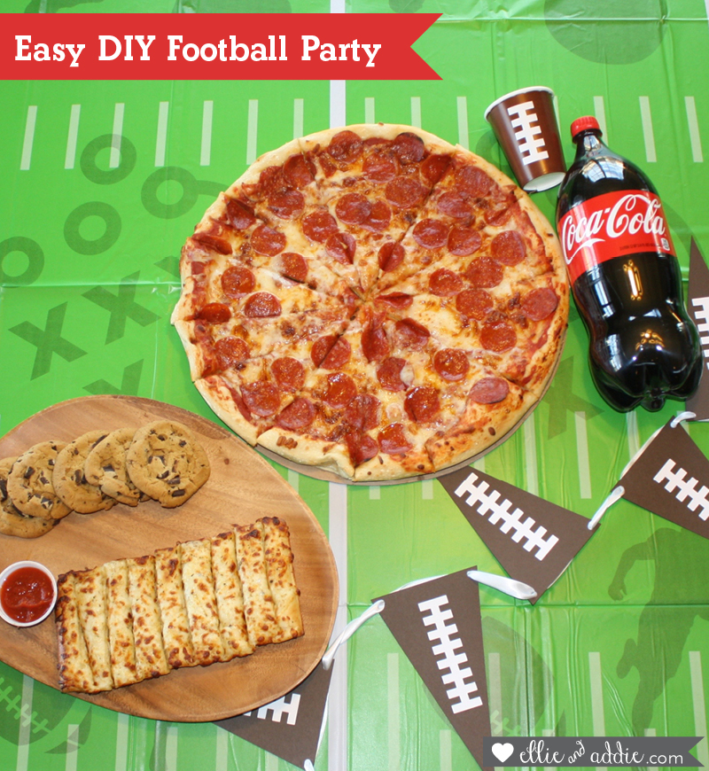 Easy DIY Football Party with Sam's Club Family Pizza Combo #FamilyPizzaCombo #CollectiveBias #ad | Ellie And Addie