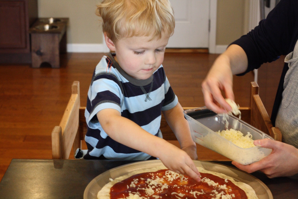 Sunday Afternoon Pizza Date | Ellie And Addie