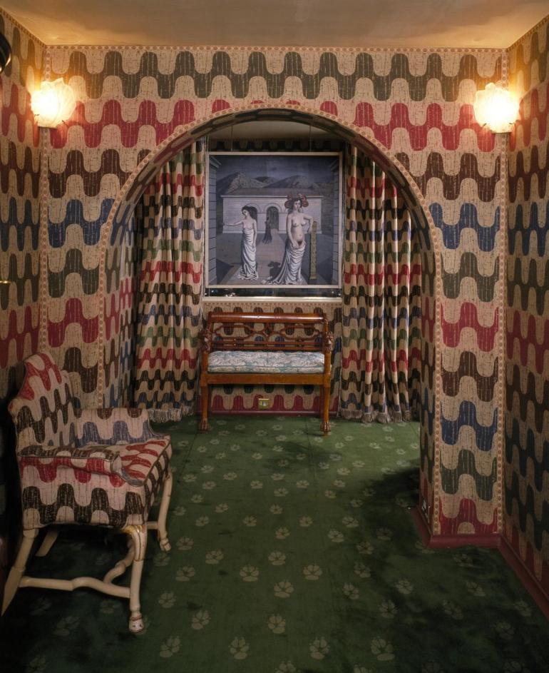 inside monkton house edward james surreal house