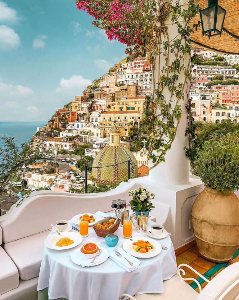 hotel with view positano