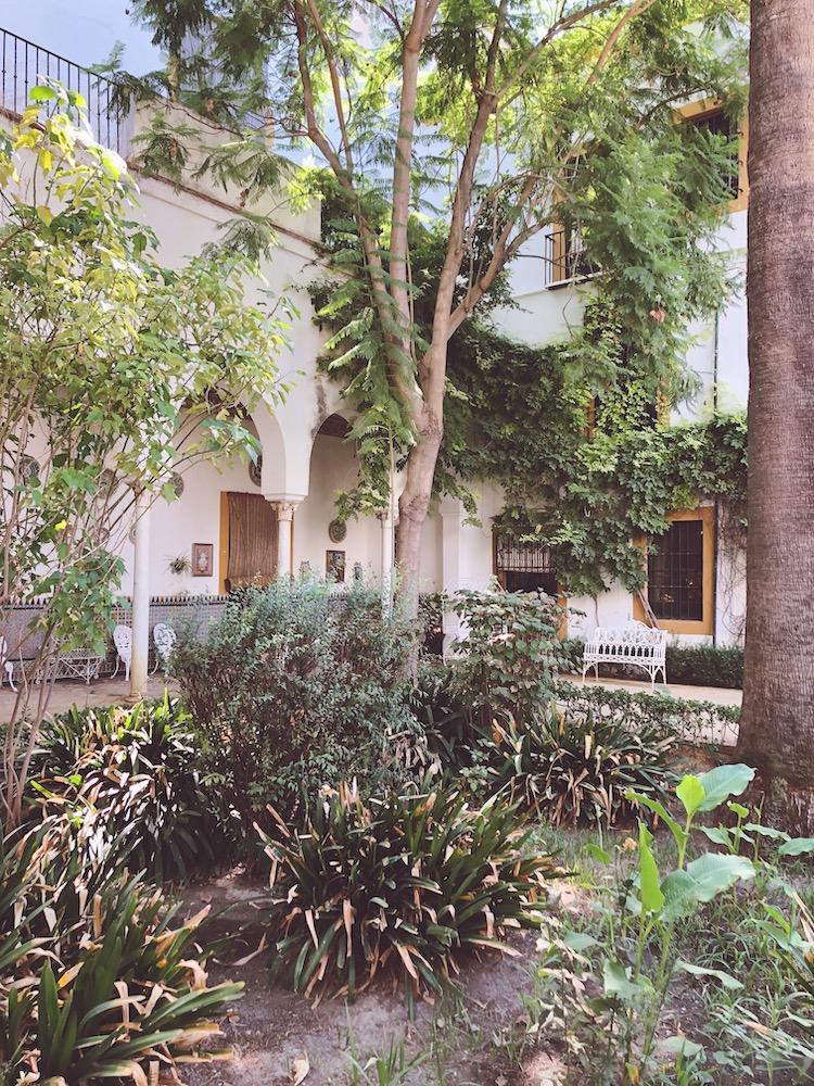 palace botanical garden seville