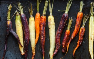 maple_and_thyme_roasted_carrots