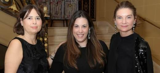 Η Μαίρη Κατράντζου κέρδισε το βραβείο του Βρετανικού Συμβουλίου Μόδας