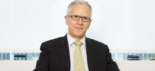 D. Linos president of the International Association of Endocrine Surgeons