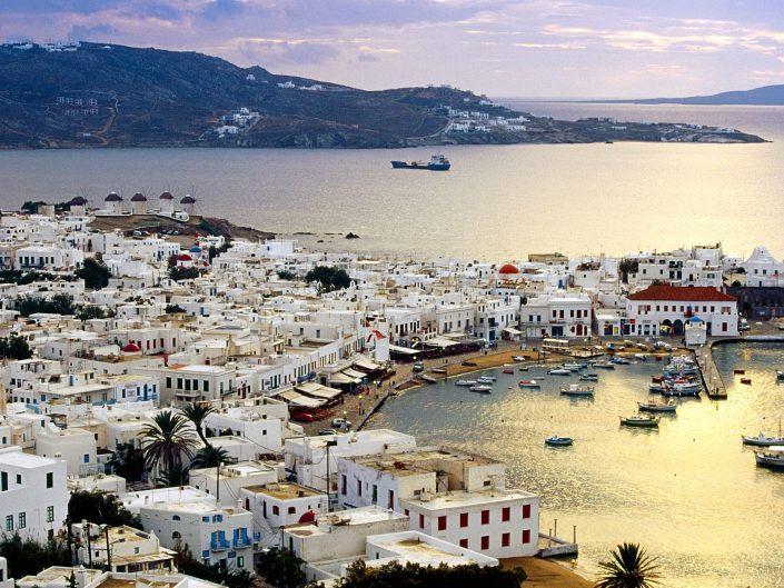Telegraph: 3 ελληνικές στις 20 κορυφαίες παραλίες του κόσμου (Photos)