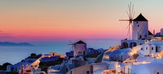 Τα 10 πιο δημοφιλή τουριστικά αξιοθέατα της Ελλάδας