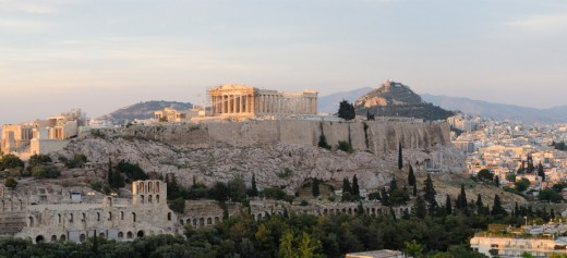 Greek city among the top 10 choises for US and Canada