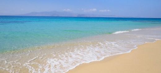 2 ελληνικές παραλίες στις καλύτερες της Μεσογείου