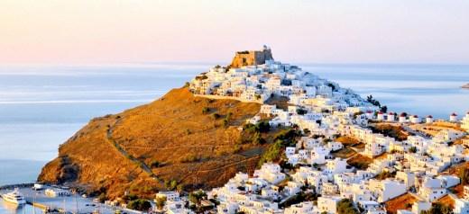 Τα 12 καλύτερα ελληνικά νησιά για κάθε τύπο ταξιδιώτη
