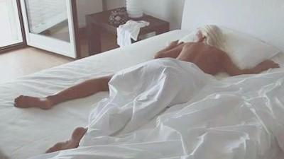 Βίντεο Ασημίνα Ιγγλέζου κρεβάτι