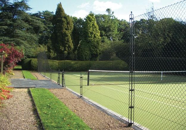 Elegant tennis court fencing from EnTC - Elliott Tennis Courts