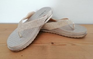 Ellip-sis goudkleurige sandalen