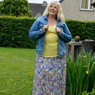 lange rok blauwe ondertoon